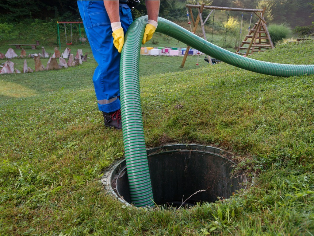 Bossier City-Shreveport Septic Tank Services, Installation, & Repairs-We offer Septic Service & Repairs, Septic Tank Installations, Septic Tank Cleaning, Commercial, Septic System, Drain Cleaning, Line Snaking, Portable Toilet, Grease Trap Pumping & Cleaning, Septic Tank Pumping, Sewage Pump, Sewer Line Repair, Septic Tank Replacement, Septic Maintenance, Sewer Line Replacement, Porta Potty Rentals